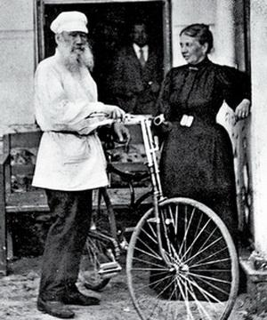 tolstoy_na_velosipede