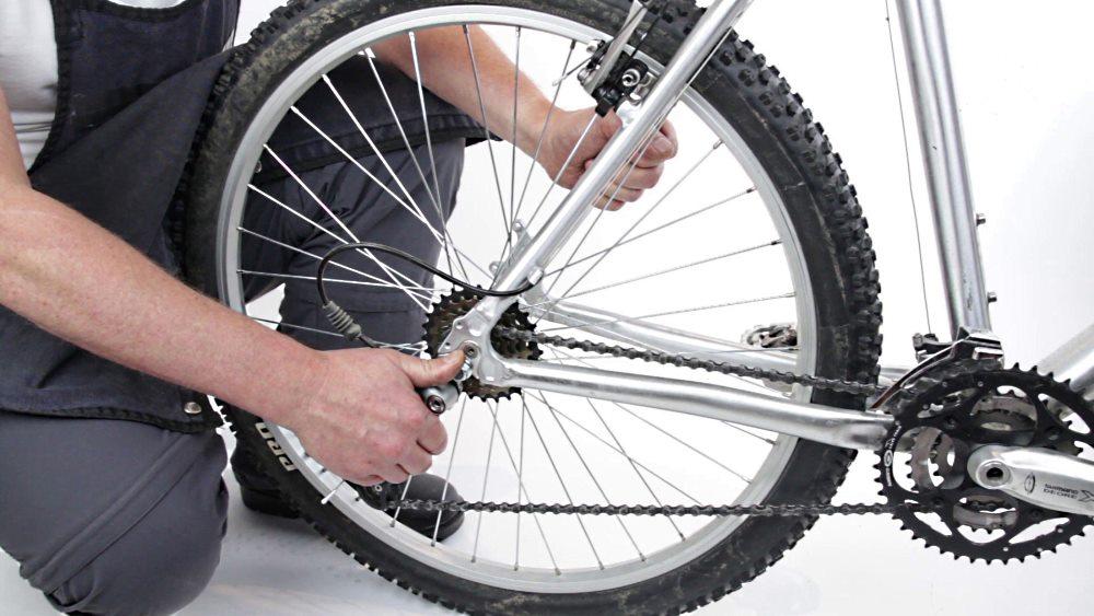 Как отремонтировать скрипучие велосипедные шины