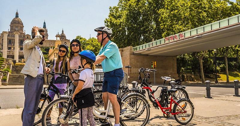 Где перекусить велосипедисту в Барселоне?