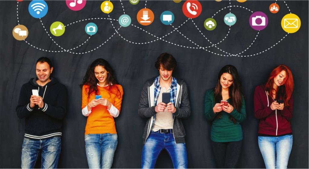 Чем могут быть полезны социальные сети для человека?