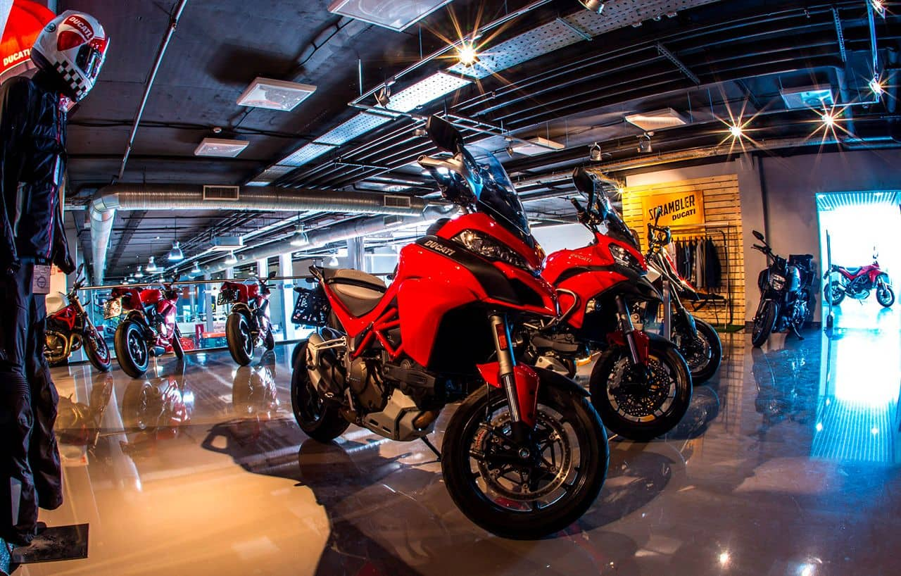 Что предлагает магазин мототехники своим клиентам?