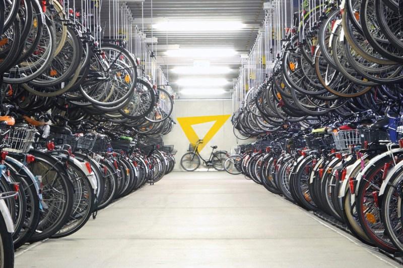 Современные способы хранения большого количества велосипедов