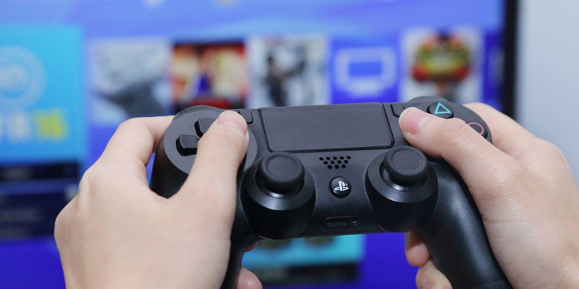 Playstation, как лучший игровой компьютер 21 века