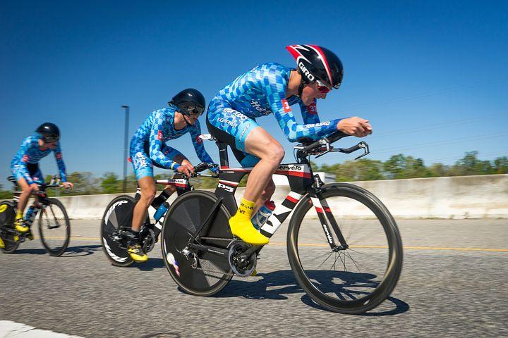 Средняя скорость велосипедиста в зависимости от типа велосипеда